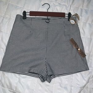 Forever 21 houndstooth high waisted shorts